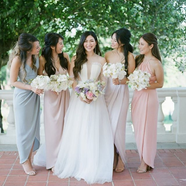 I just ❤️ everything about this photo!  Bride | @facesbyemily  Bridal Party | @facesbyames  Planner Stylist| @cali_smittenkiss  Photographer | @jeremychouphotography  Florist |  @vofloraldesign  Rentals | @thechiavariguys