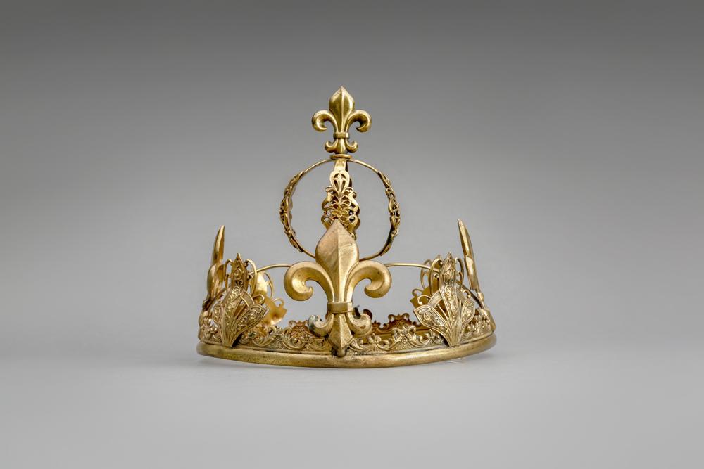 1single crown.jpg