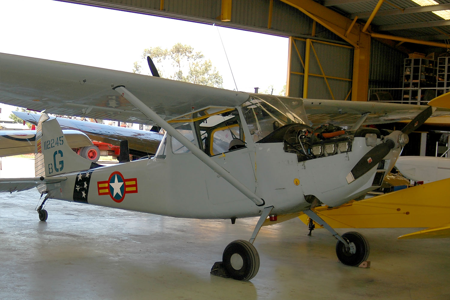 Cessna Bird Dog VH-LQS, a working aircraft at Pay's