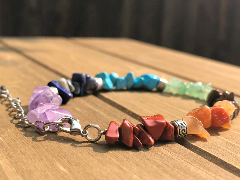 Healing Chakra chip gemstone bracelet