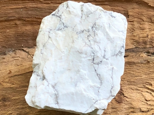 Howlite - Stone of Awareness