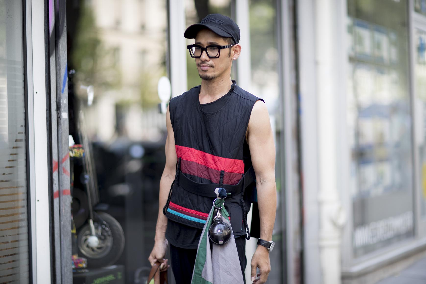 Paris m str S18 049.jpg