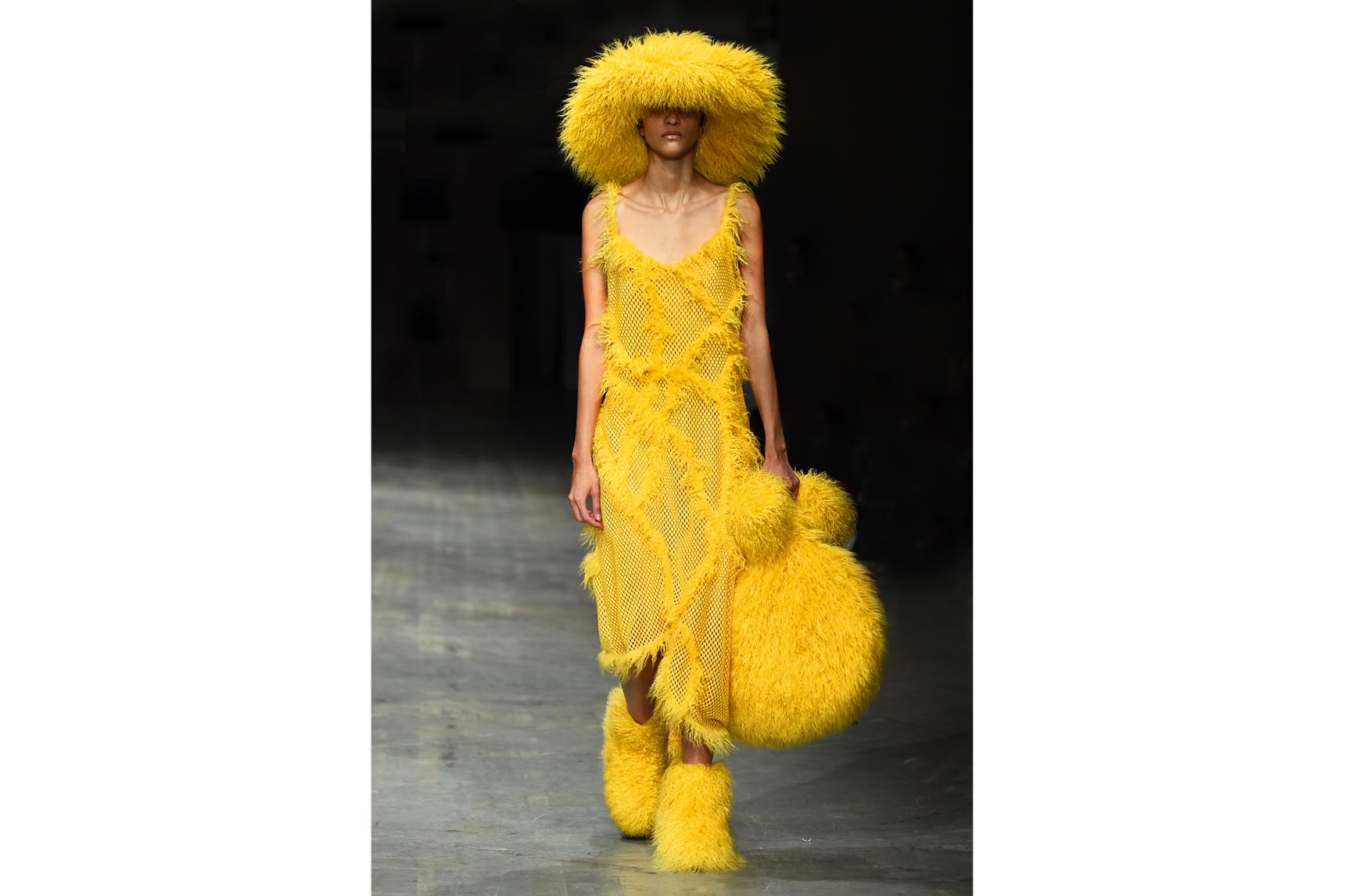 Angel Chen milano fashion show look 6-Edit.jpg