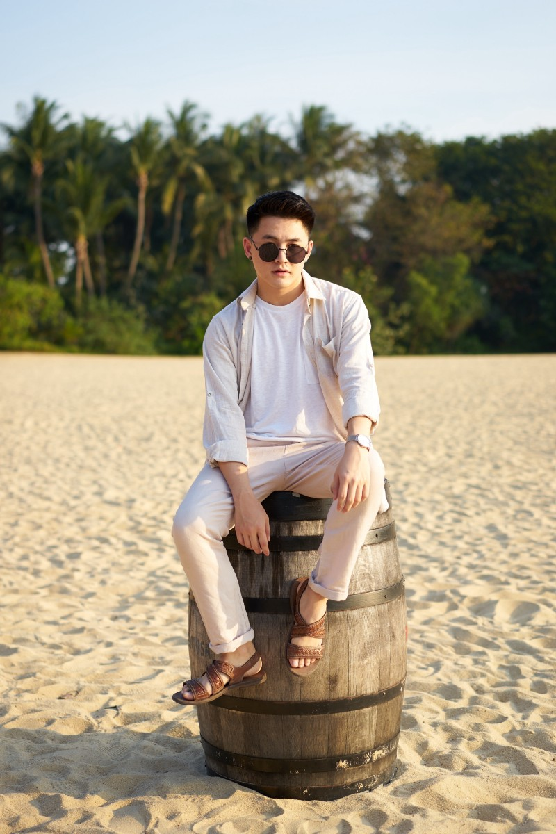 Fashion and lifestyle blogger Reggy Alexander from Indonesia.