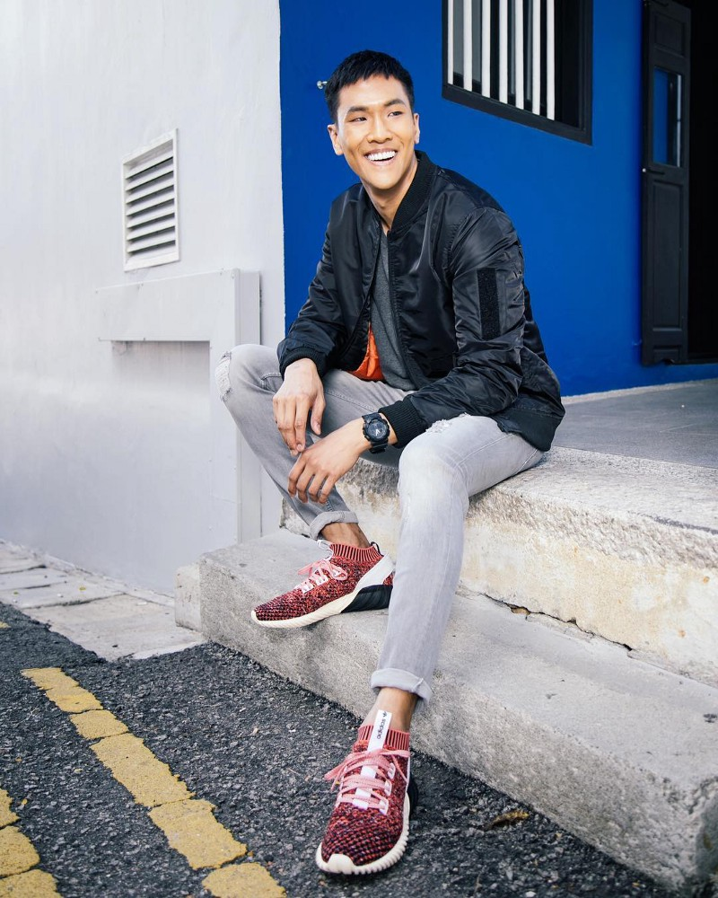 Show off those pearly whites and awesome sense of style like @ andeecys