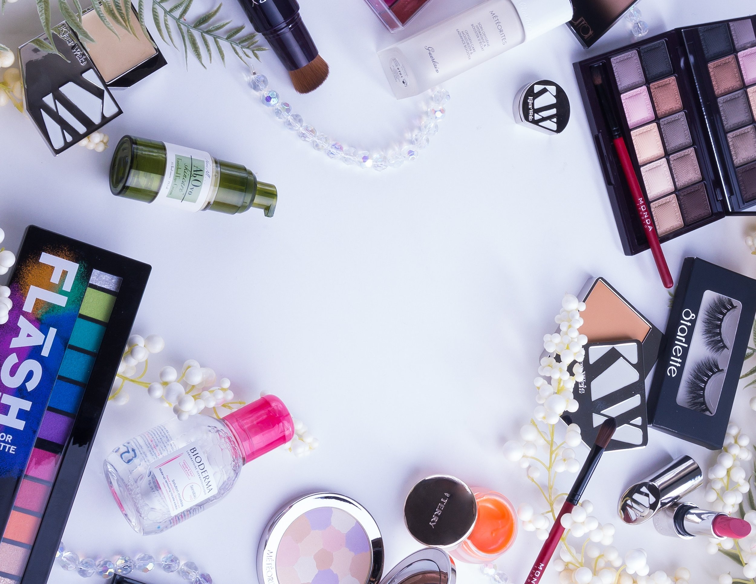 SHOP BEAUTY PRODUCTS HERE>