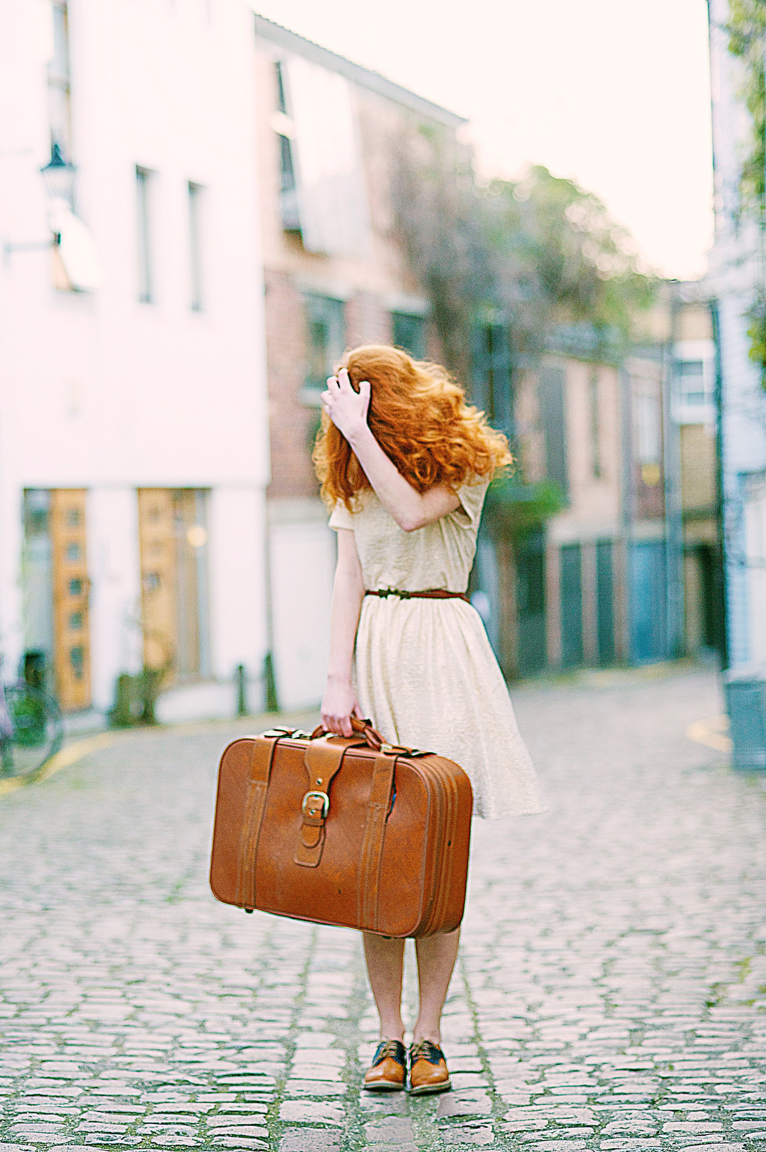 bag-cute-dress-1071078.jpg