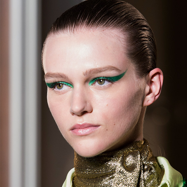 0_Valentino-Couture-Fall-2018-Beauty.jpg