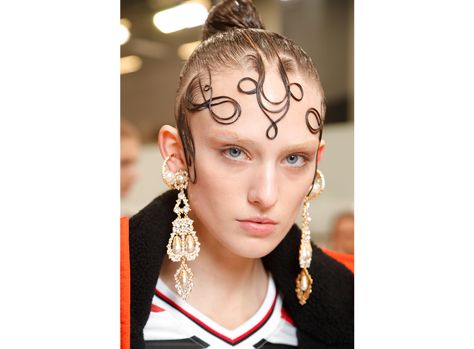 London-Fashion-Week-AW19-Beauty-Burberry-1.jpg