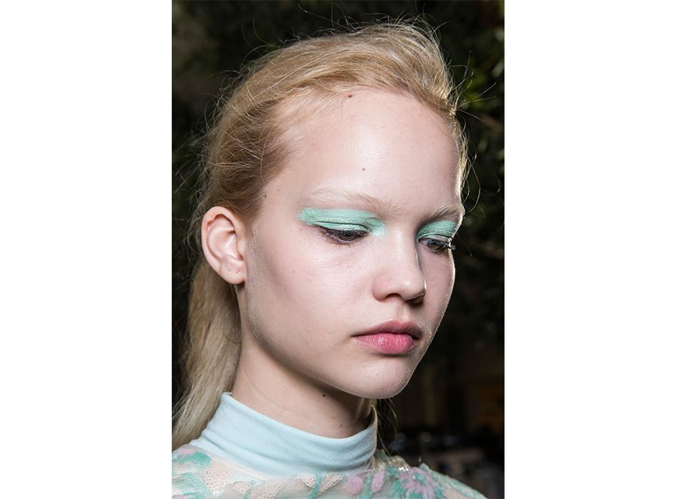 London-Fashion-Week-AW19-Beauty-Huishan-Zhang.jpg