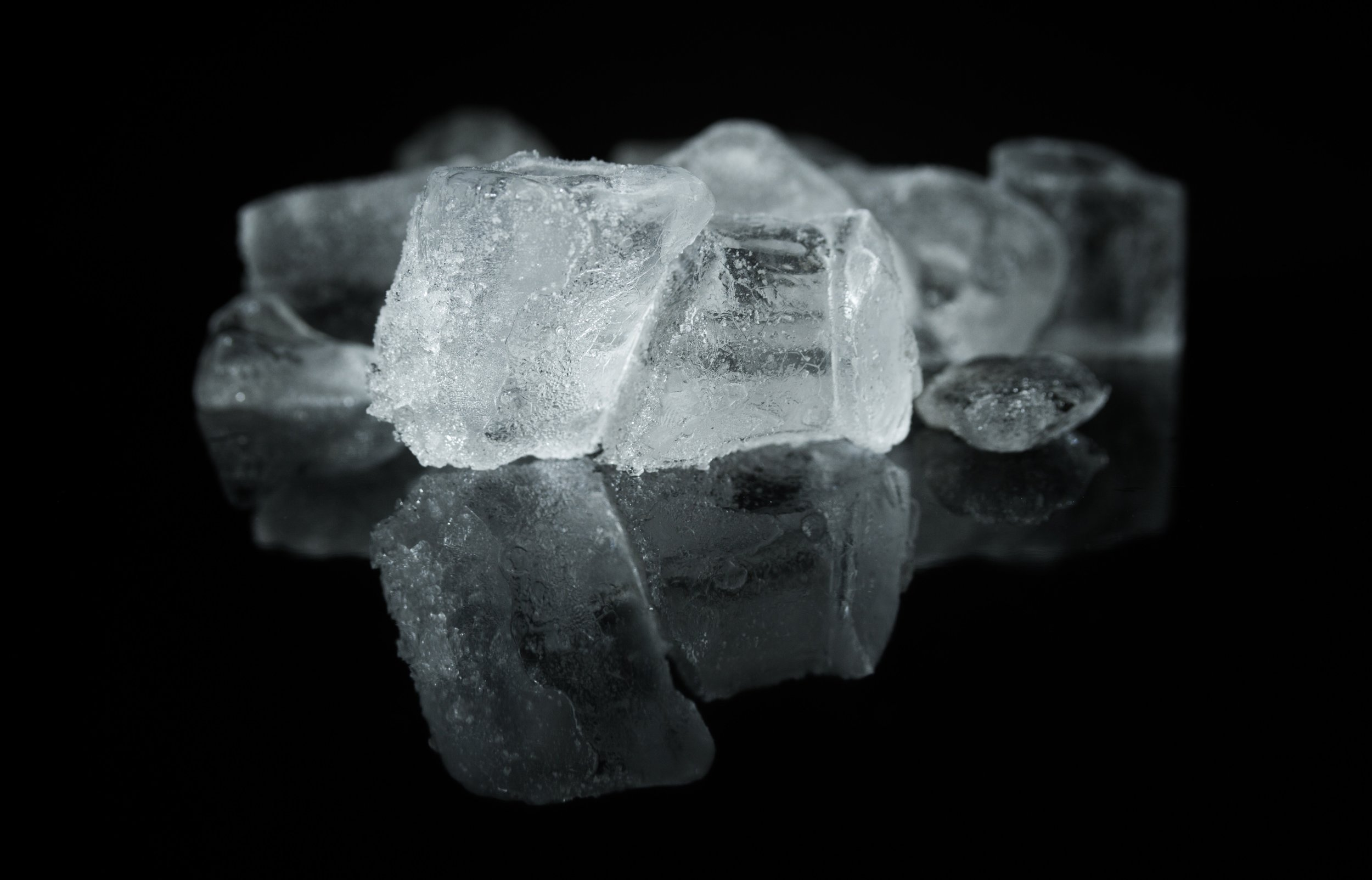 clear-close-up-cold-434259.jpg
