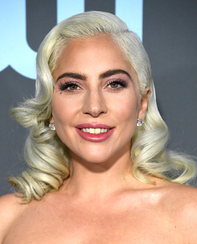 Lady-Gaga-Best-Beauty-Looks-6.jpg