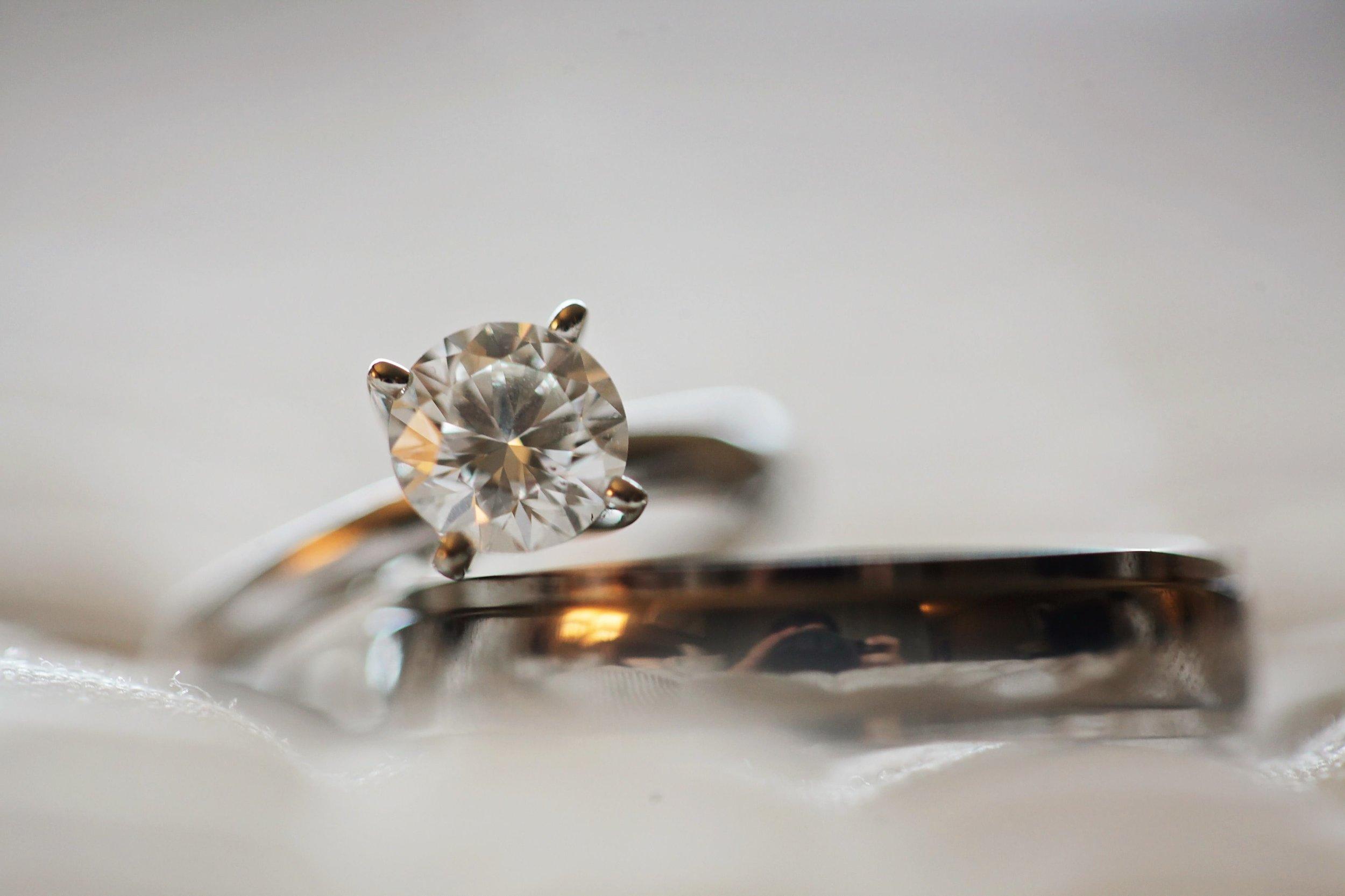 blur-close-up-crystal-691046.jpg