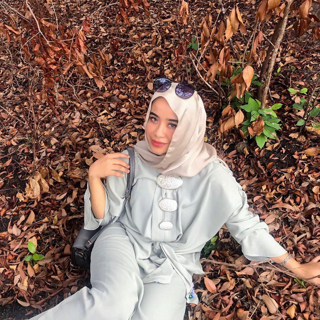 @miilaaahhh in  Belted Raglan Sleeves Kebaya