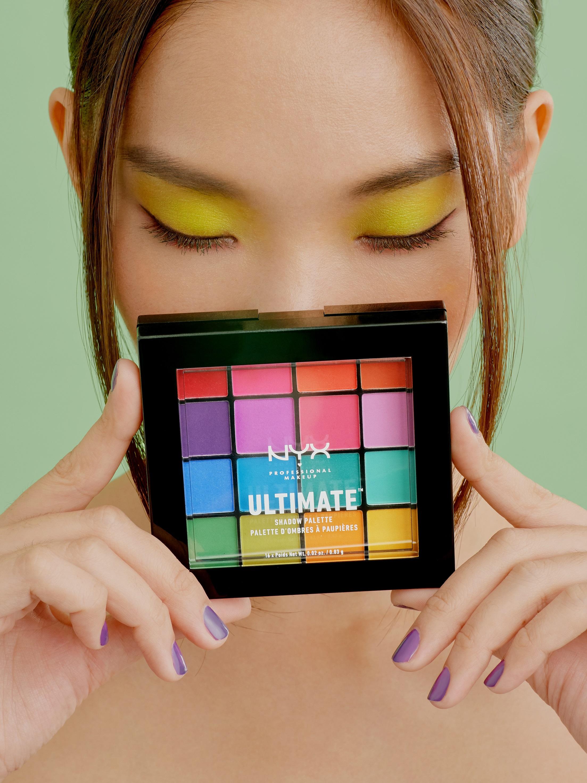 NYX Professional MakeUp Ultimate Eyeshadow Palette Smokey & Highlight  &  NYX Professional MakeUp Ultimate Eyeshadow Palette Cool Neutrals