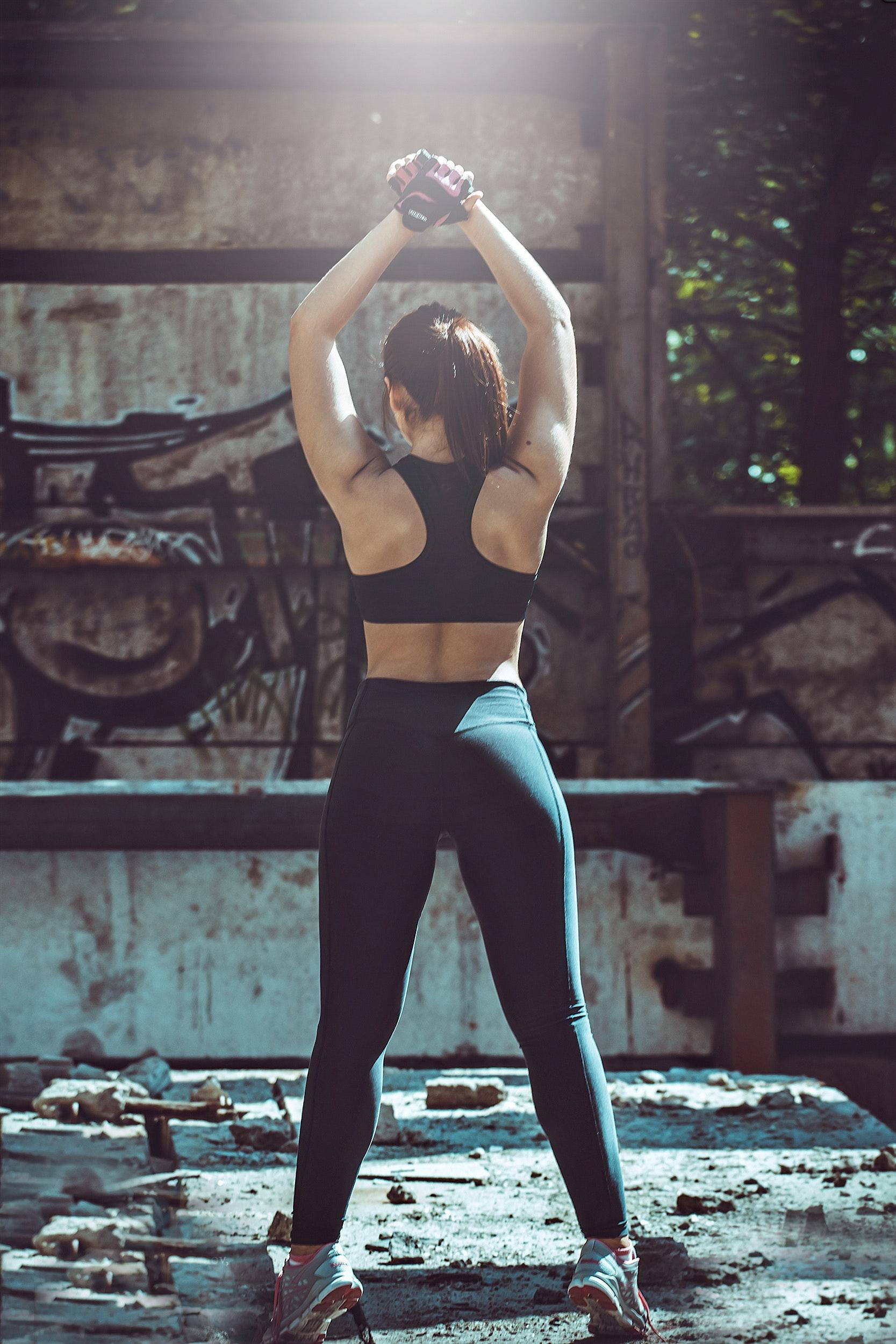 body-fashion-female-206515.jpg