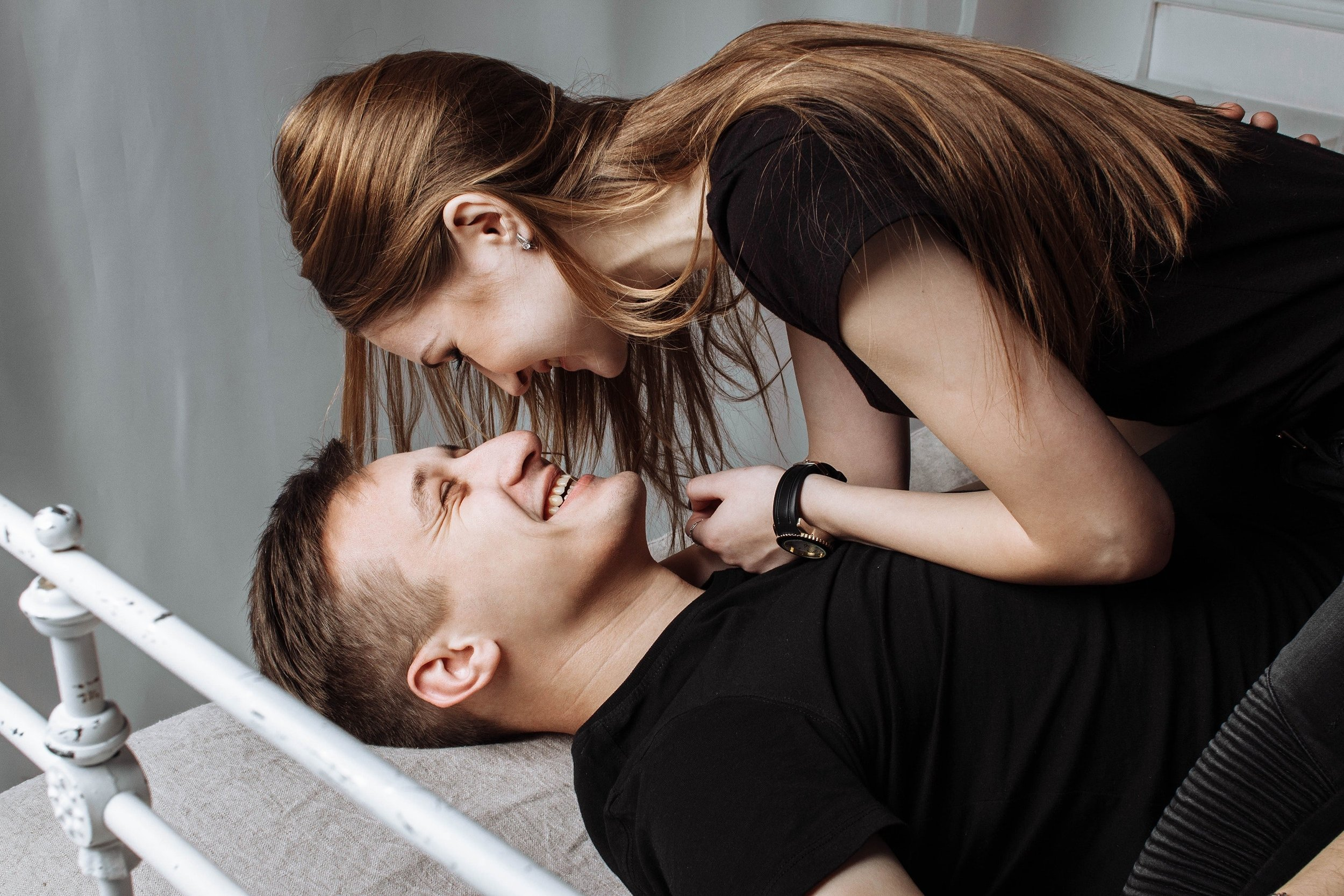 How To Make Your Love For Each Other Last - Why physical bonding important in relationship
