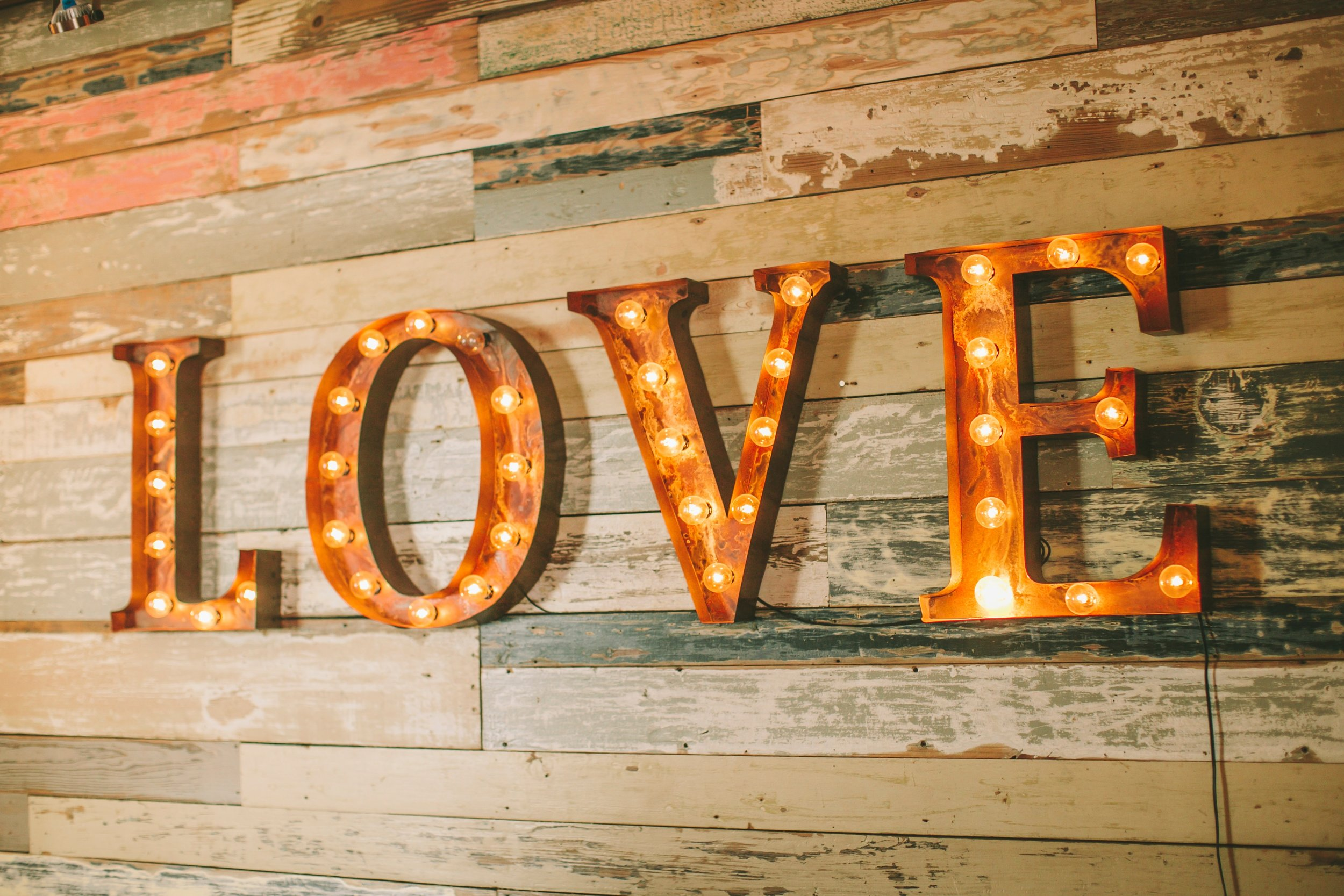 Give the special note - How To Make Your Love For Each Other Last