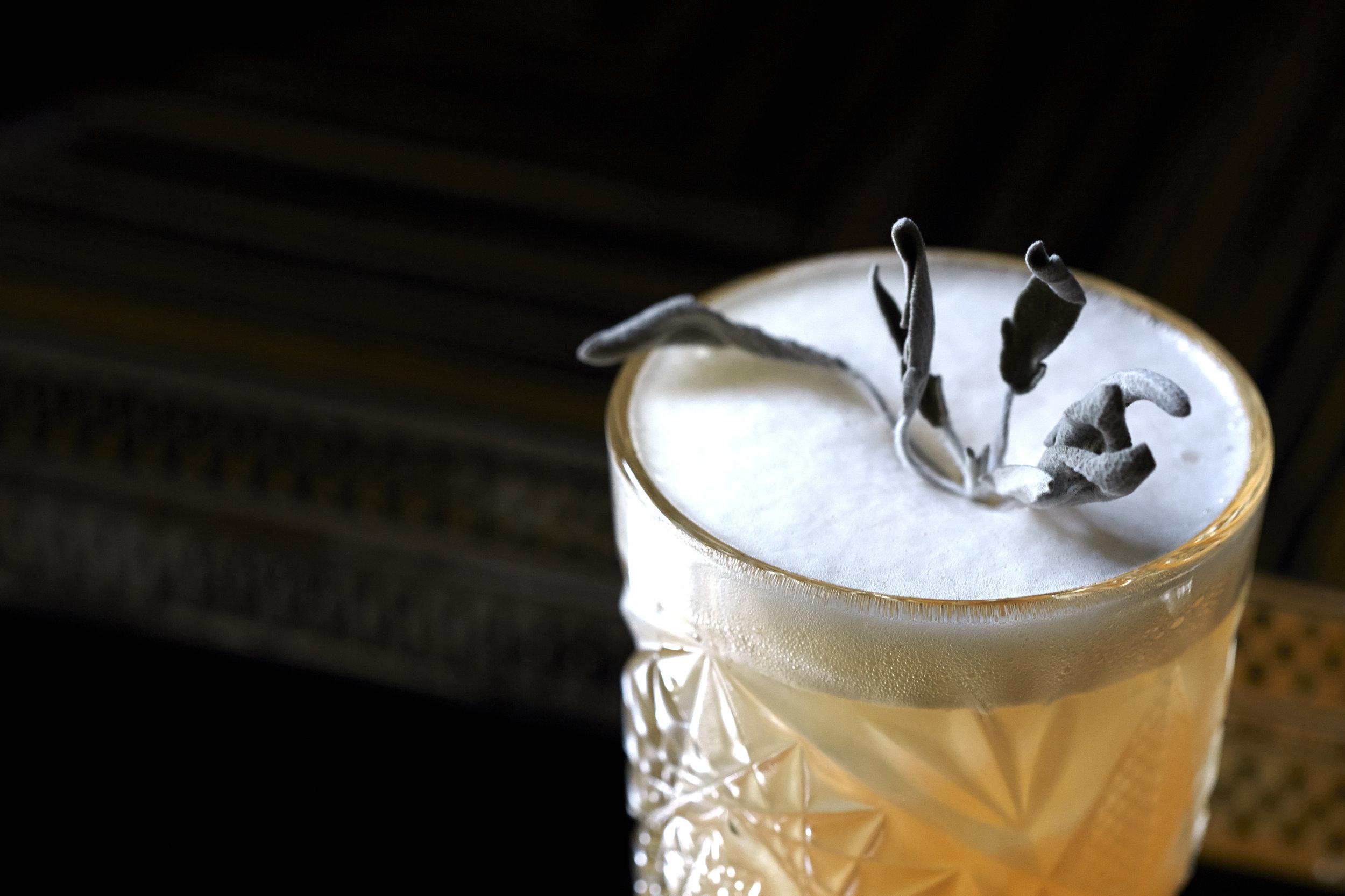 16-02-02 Eaton Sq Bar Cocktail Shoot5490.jpg