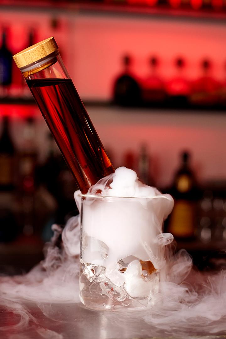 16-02-02 Eaton Sq Bar Cocktail Shoot5390.jpg
