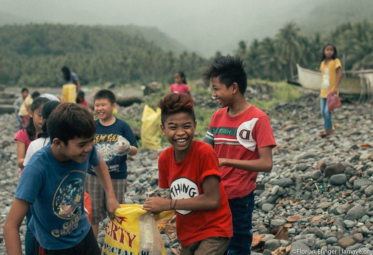 beach-clean-up-lamave-southern-leyte.jpg