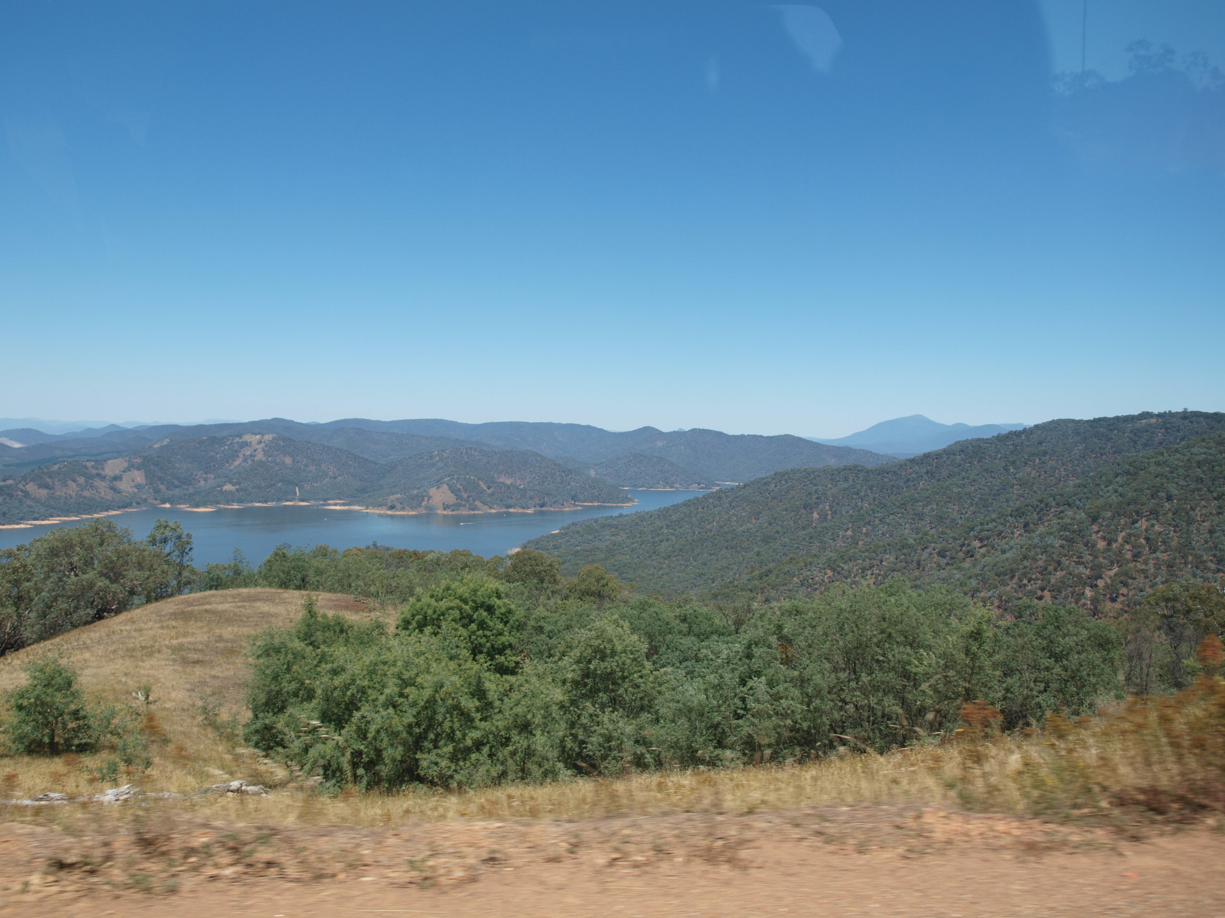 View of Lake Eildon on our way to Candlebark Campground