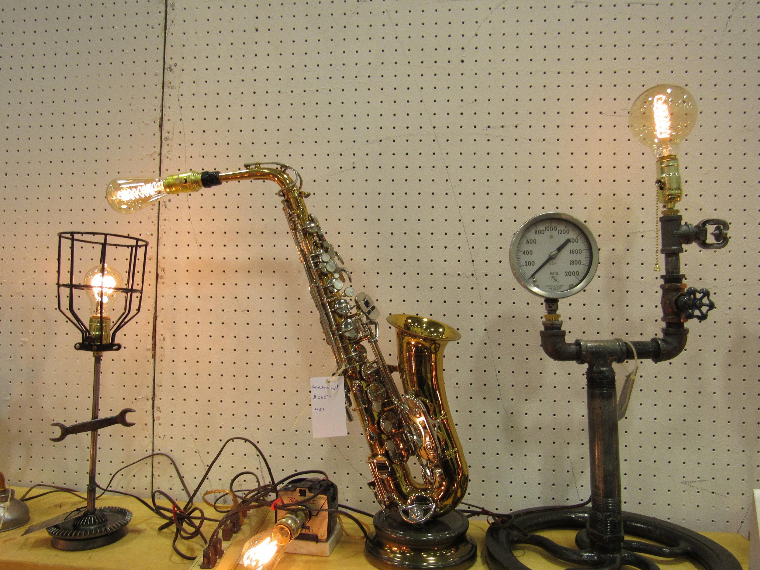 Better Sax Lamp.JPG