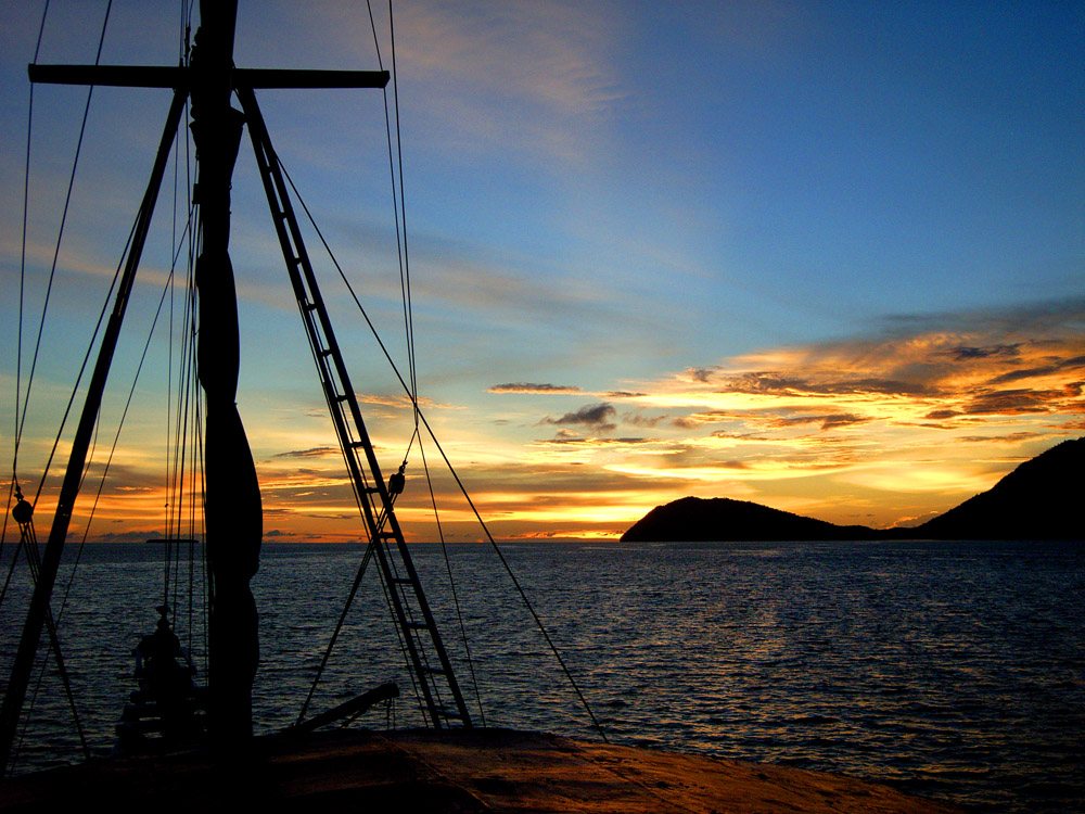 051 sunset - raja ampat, indonesia.jpg