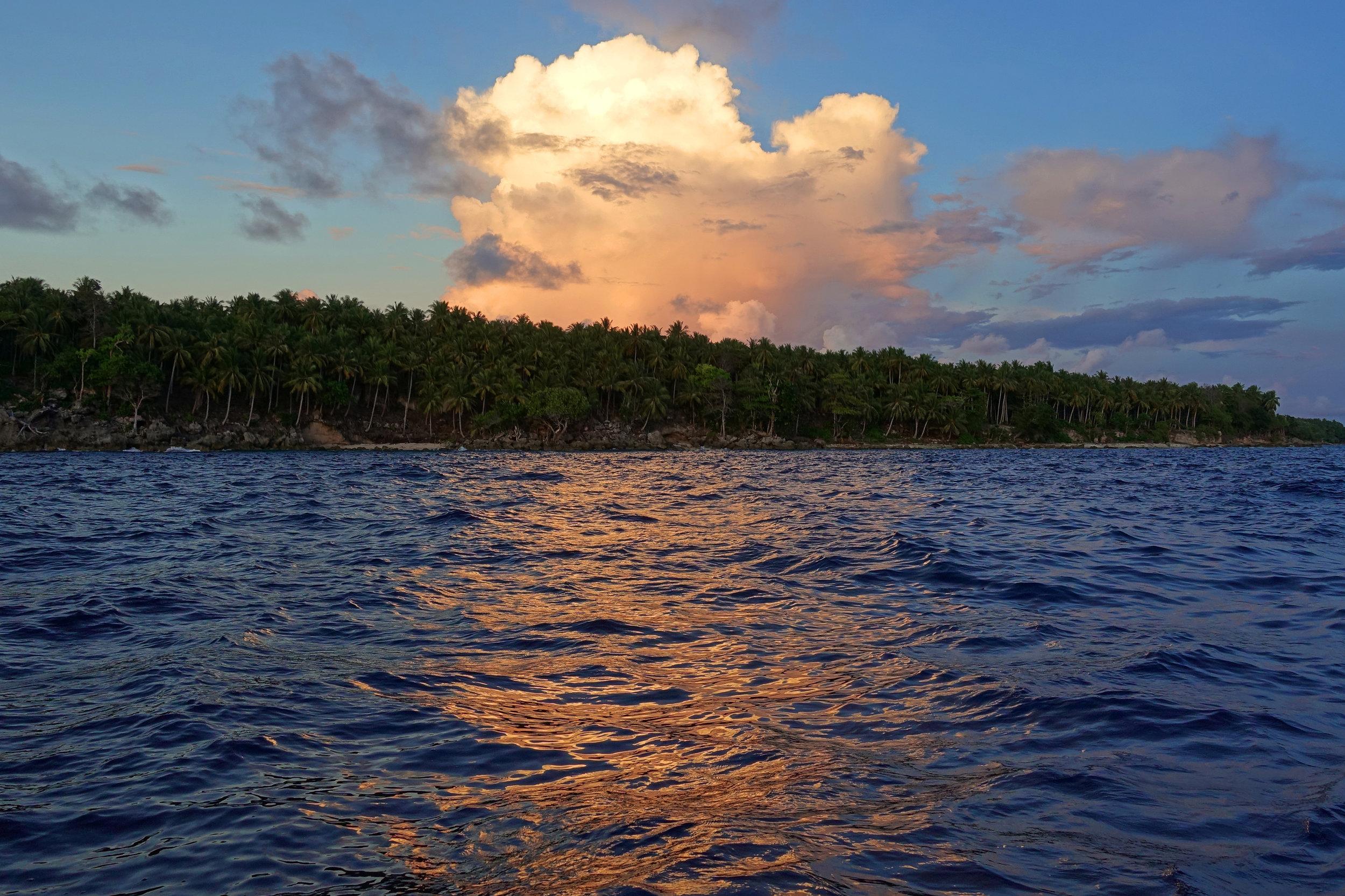 u sunset pink island 915.jpg
