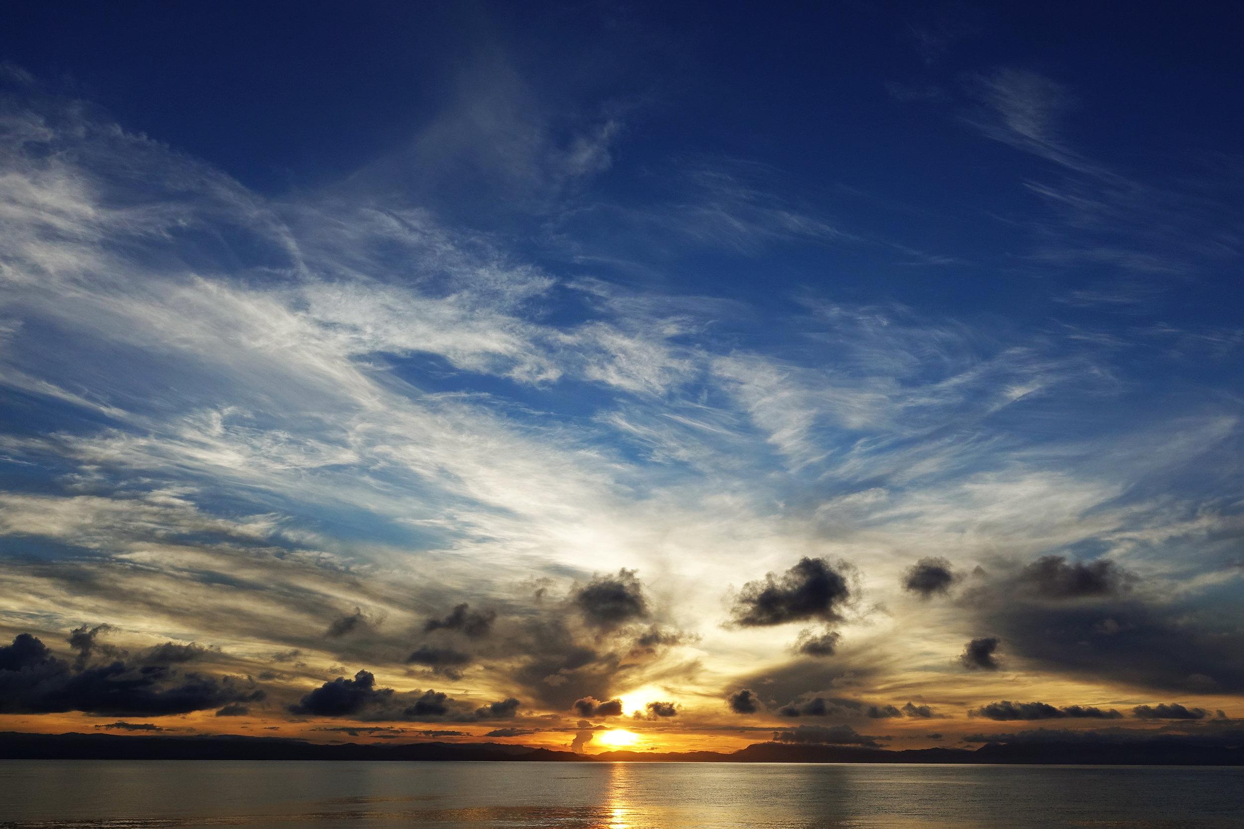 v sunrise 1703.jpg