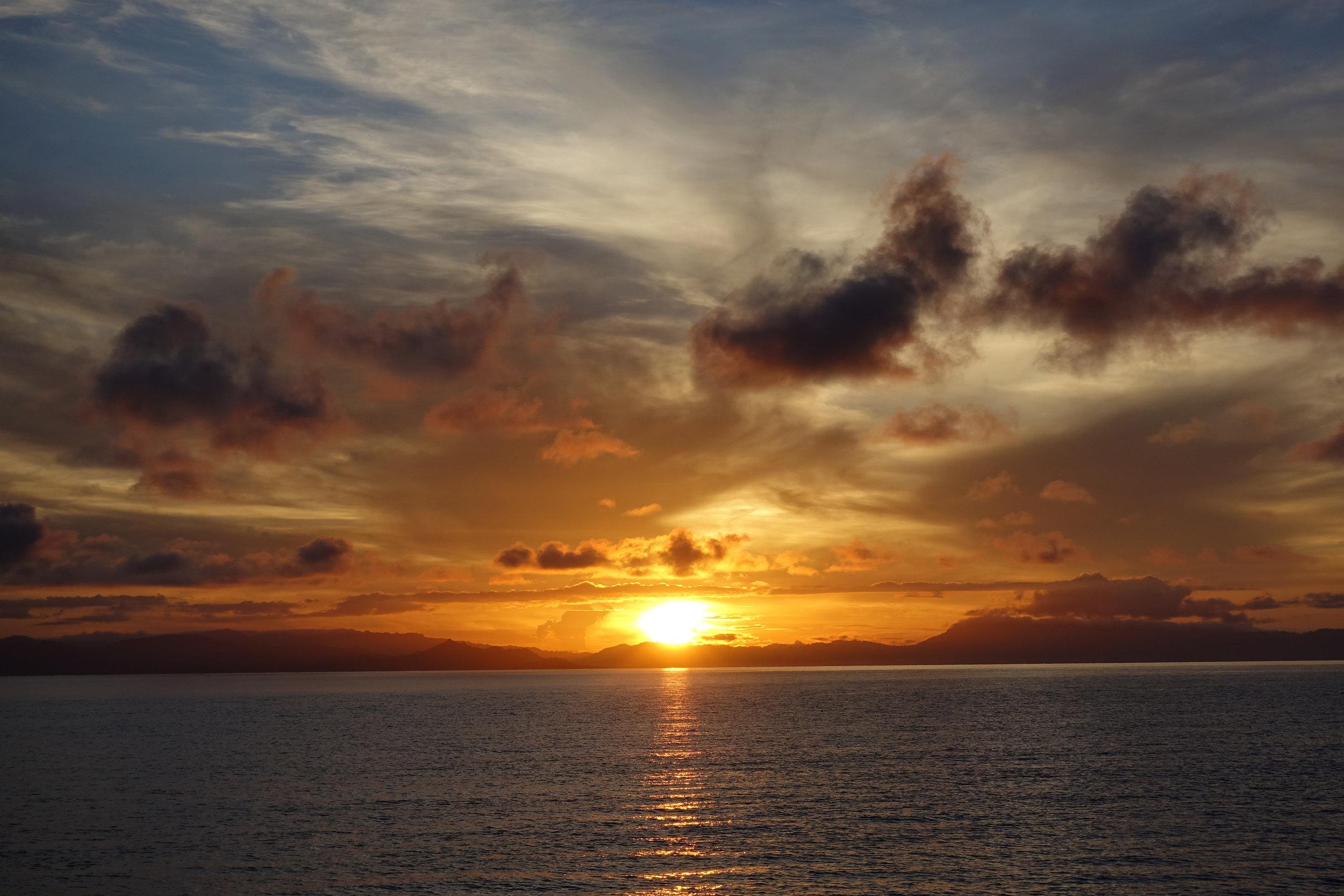 x sunrise 1694.jpg