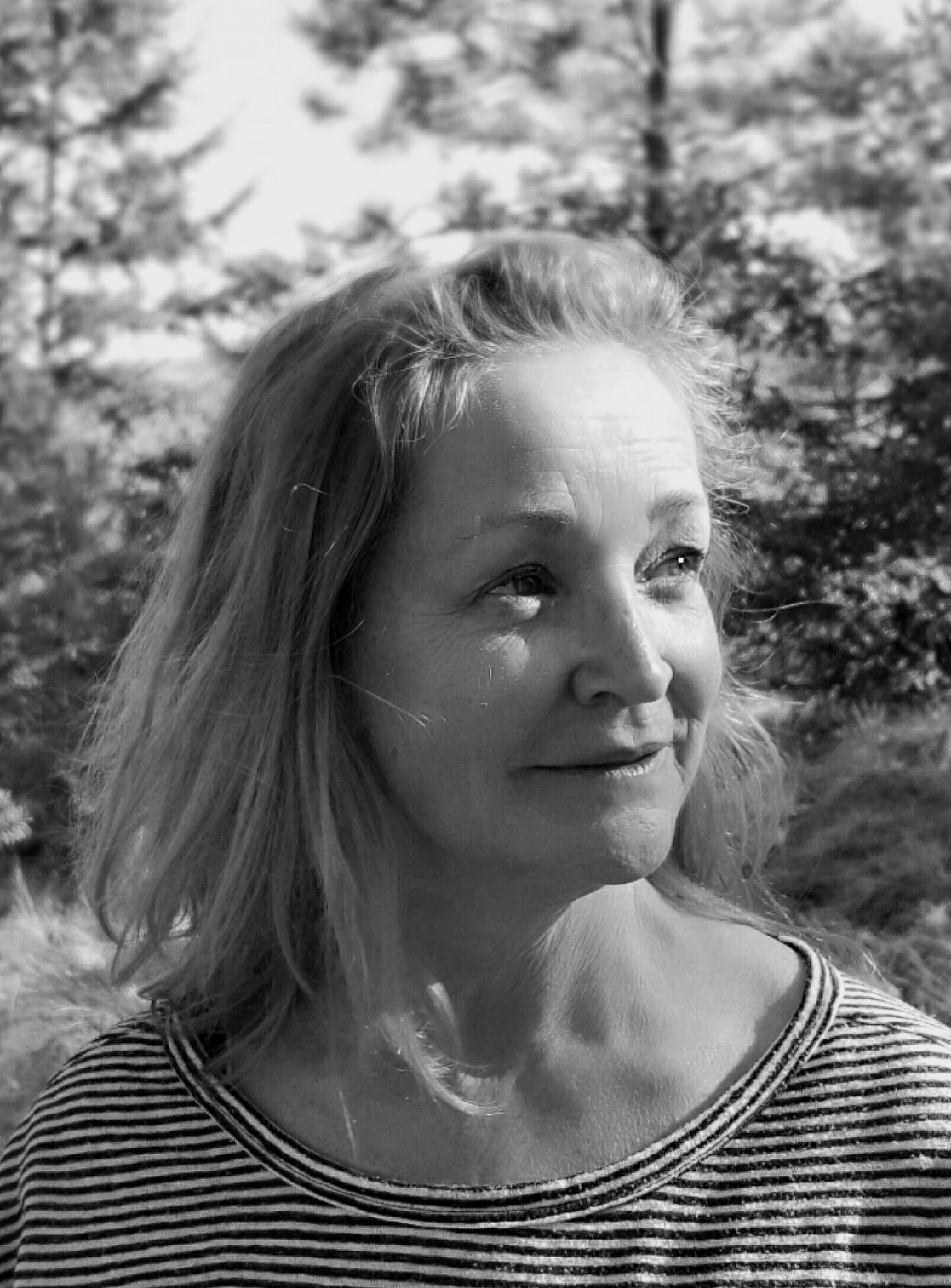 Katherin Edwards author photo credit Gail Coriale.jpg