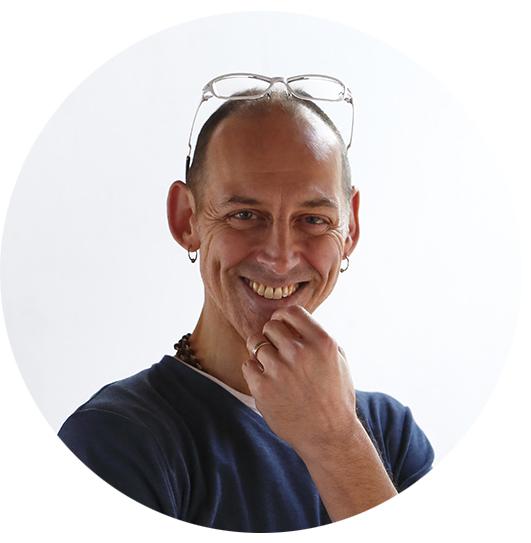 Mark Shveima - Studio Co-creator & DirectorEnglish / 日本語Neelakantha Meditation Authorized TeacherWhite Tiger Qi Gong InstructorE-RYT500
