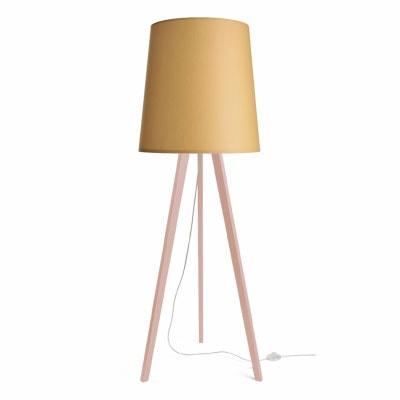 colouredby-stehlampe-rosa-lampenschirm-konisch-gelb-min.jpg