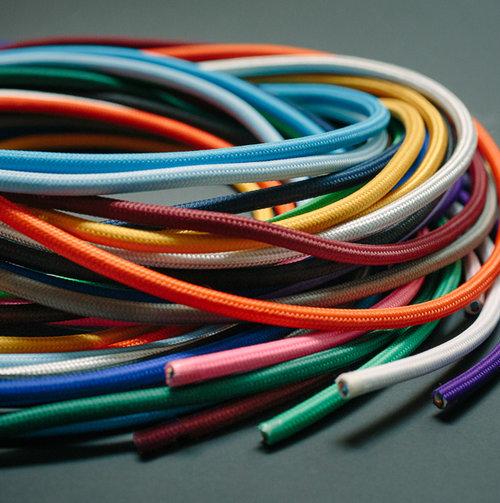 colouredby-kollektion-farbige-textilkabel-stoffkabel-bunt.jpg