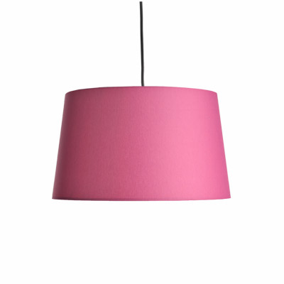 colouredby-lampenschirm-konisch-fuchsia-pink-textilkabel.jpg
