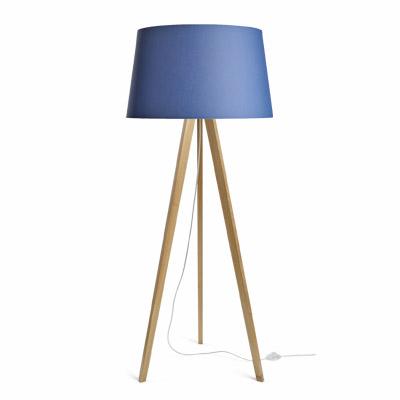 colouredby-stehlampe-onno-dreibein-eiche--lampenschirm-blau.jpg