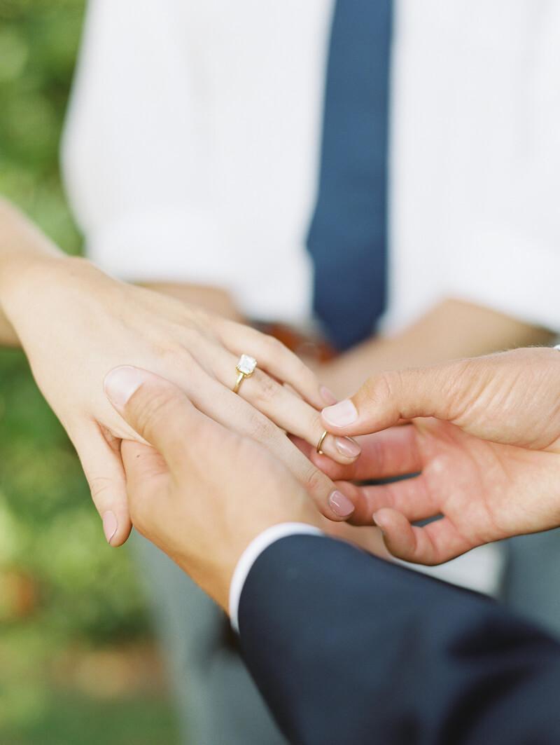 founders-garden-wedding-inspiration-athens-ga-10.jpg