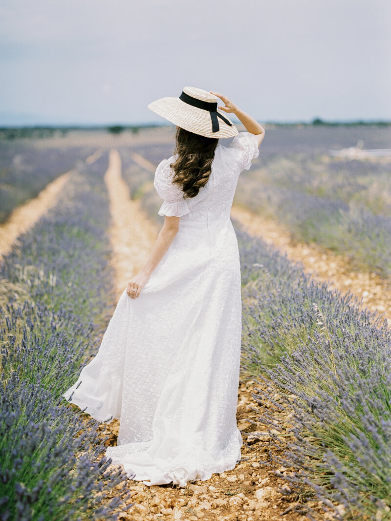 fine-art-lavender-fields-wedding-inspiration-16.jpg