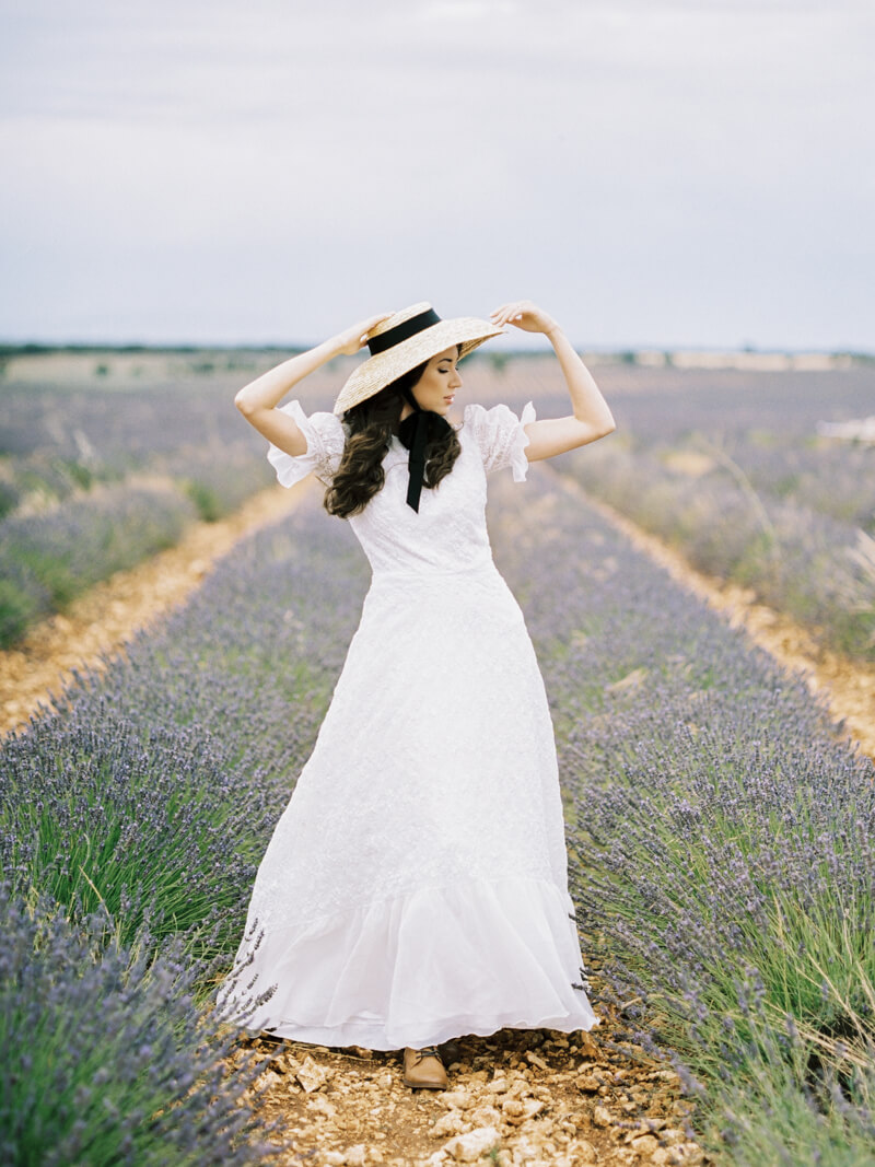 fine-art-lavender-fields-wedding-inspiration-5.jpg