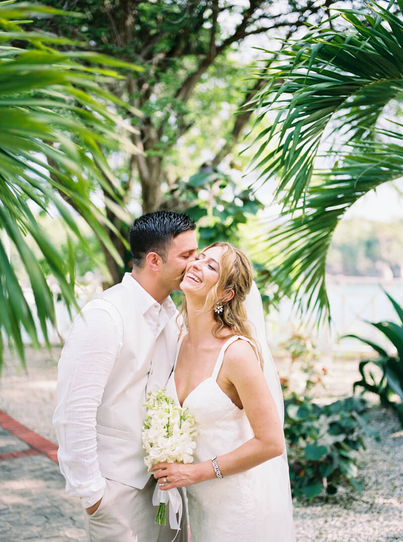 grand-palladium-lucea-jamaica-wedding-photos-17.jpg