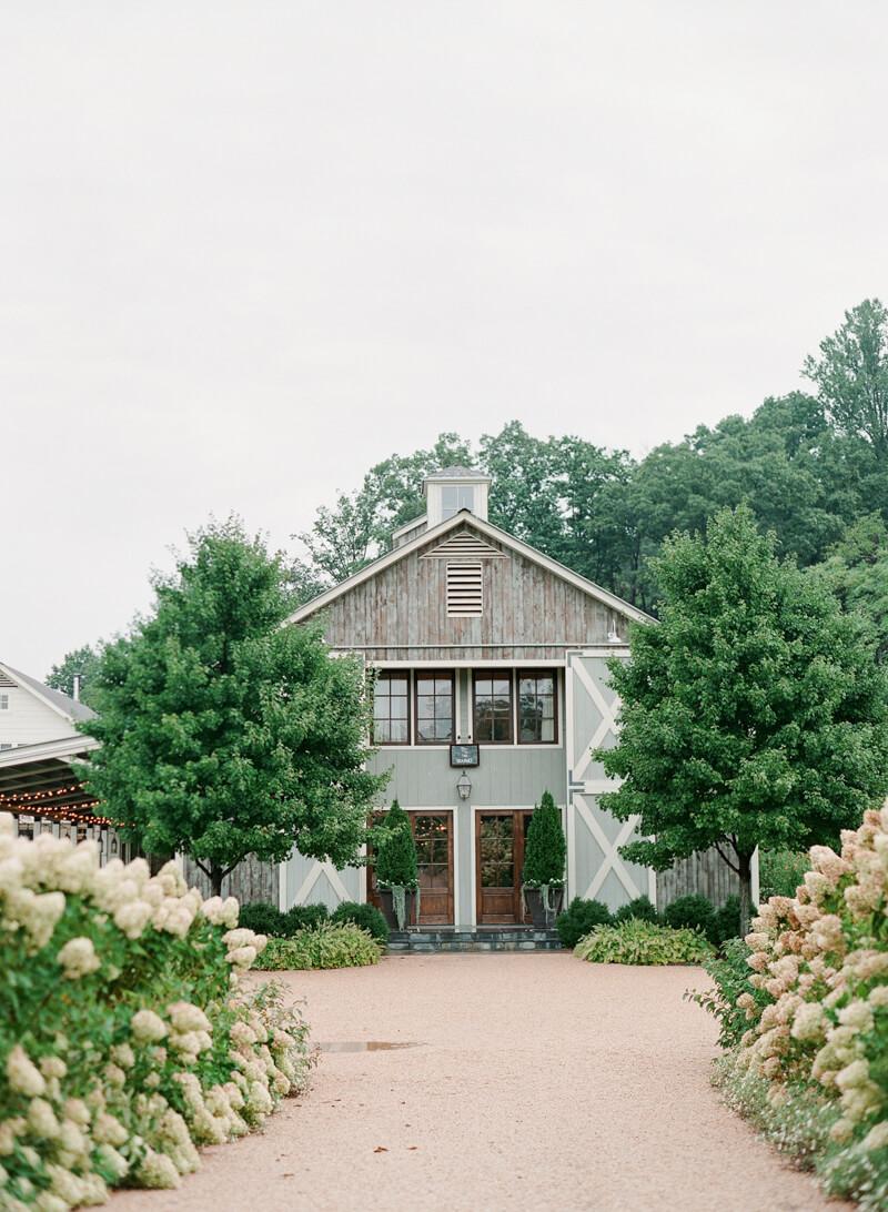 pippin-farm-wedding-inspiration-virginia-3.jpg