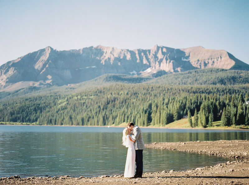 telluride-colorado-mountainside-engagement-fine-art-film-5.jpg