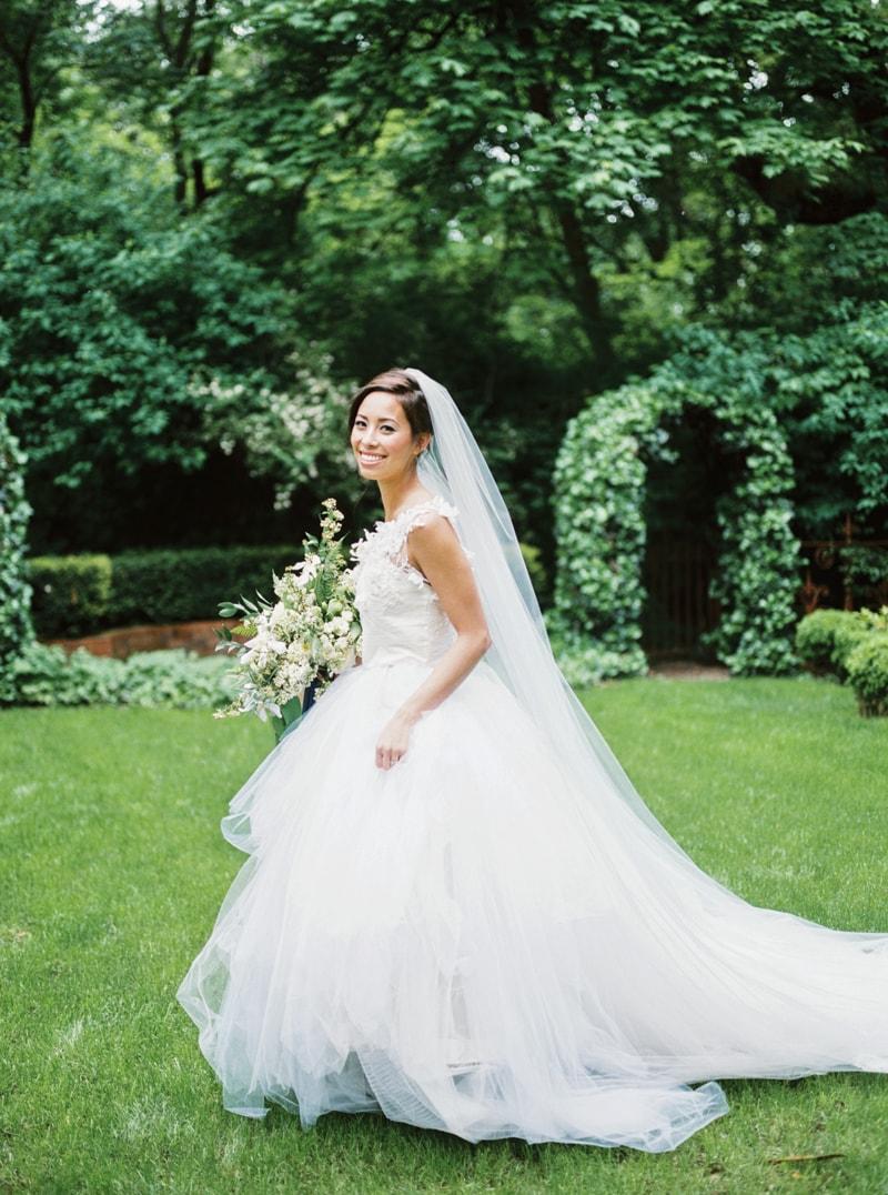 deepwood-museum-salem-oregon-wedding-shoot-17-min.jpg