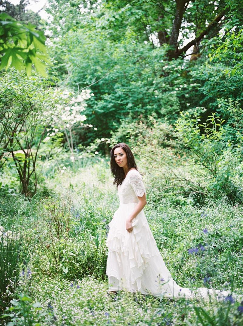 deepwood-museum-salem-oregon-wedding-shoot-26-min.jpg