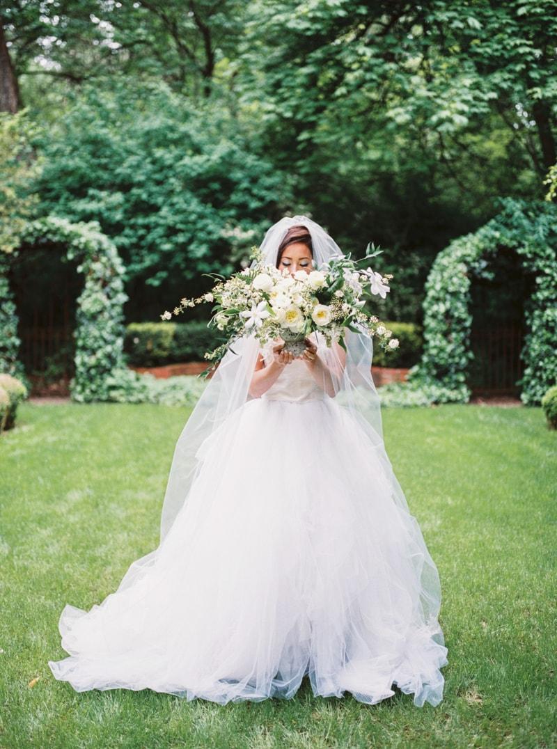 deepwood-museum-salem-oregon-wedding-shoot-9-min.jpg