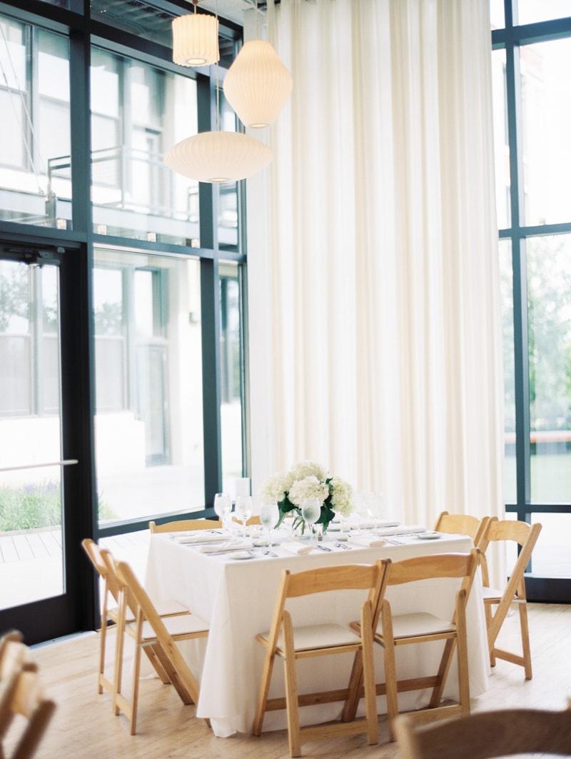 greenhouse-loft-chicago-wedding-photos-12-min.jpg