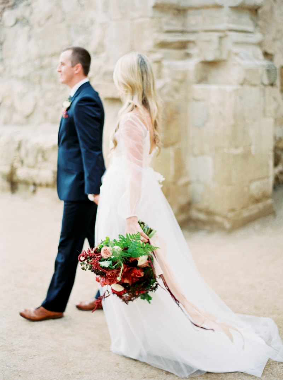 mission-san-juan-capistrano-wedding-inspiration_-11-min.jpg