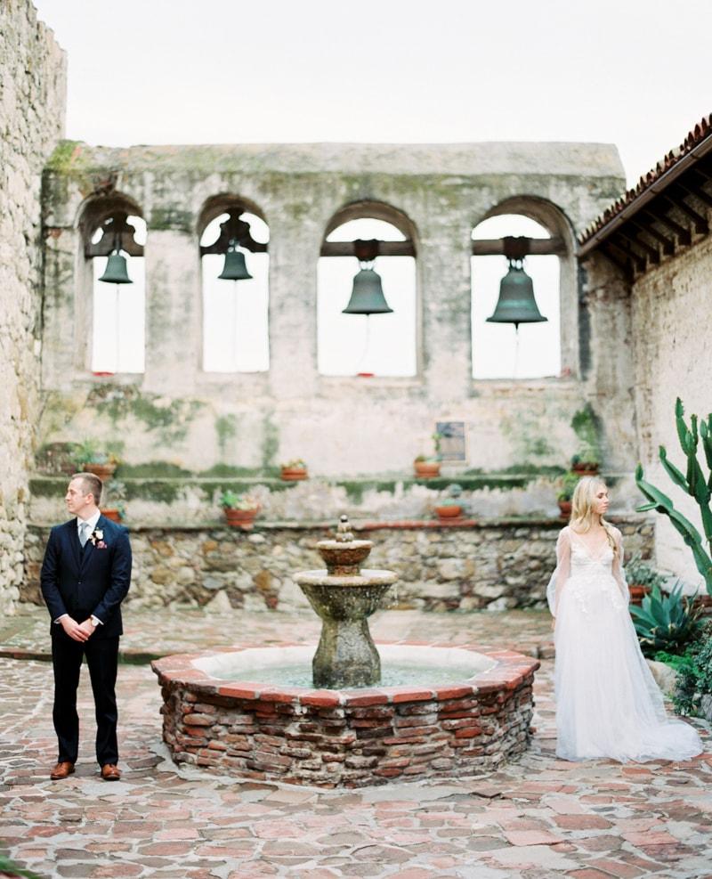 mission-san-juan-capistrano-wedding-inspiration_-4-min.jpg