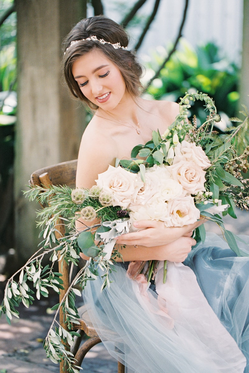 romantic-industrial-wedding-inspiration-houston-tx-5-min.jpg